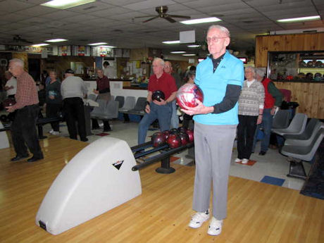 nashua senior singles Welcome to the nashua senior activity center where we provide recreational,  educational and wellness activities for seniors age 50 and older we welcome all .